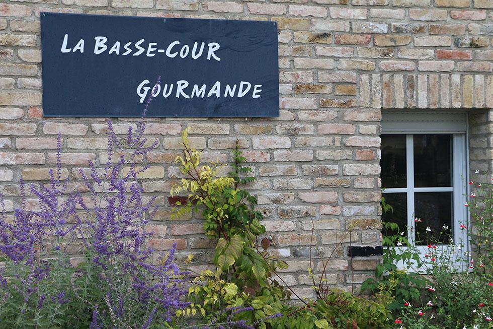 La Bassecour Gourmande   Eleveur producteur de foie gras et volailles à Avaux, Ardennes